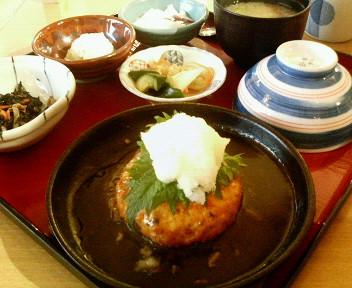 日替わり(豆腐ハンバーグ定食)