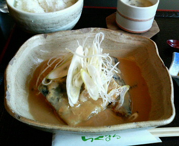 日替わり定食(サバ味噌煮)